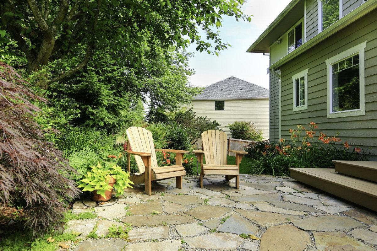 Comment Enlever Ciment Sur Pavés comment nettoyer un terrasse en pierre ? méthodes, conseils